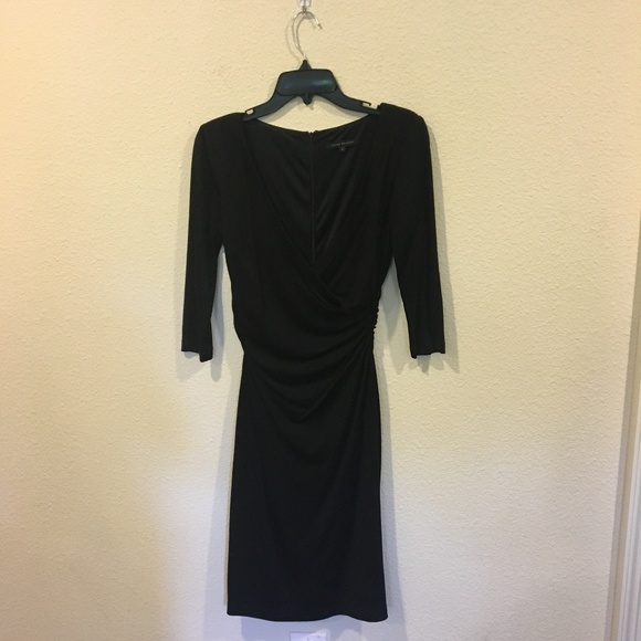 David Meister Dresses & Skirts - David Meister black v neck dress